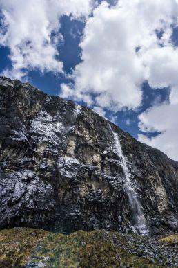 Stone-wall-Huascaran-Peru
