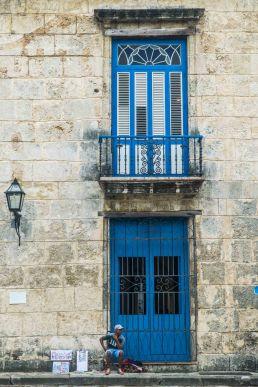 Vendedor de arte en La Habana